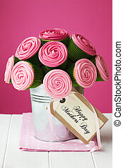 Mother's day cupcake bouquet - Bouquet of rose cupcakes for...