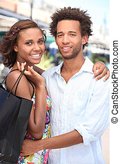 Paar, shoppen, zusammen