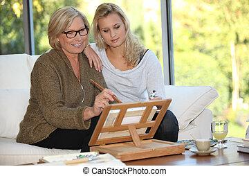 mulher, mostrando, dela, Neta, como, pintura
