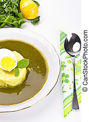 Polonische sour sorrel soup