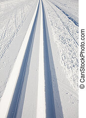cross country skiing tracks in the winter