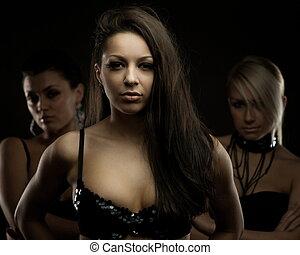 Triple women portait - Mysterious portrait of three women,...