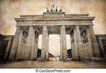 Brandenburg Gate (Brandenburger Tor) in Berlin, grunge postcard