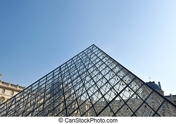 louvre museum in paris - france louvre history museum in...