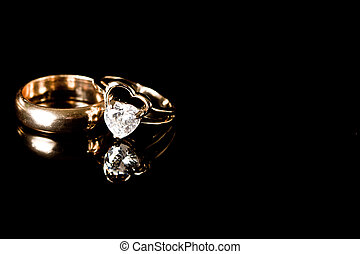 Gold ring - wedding ring with heart gemstone