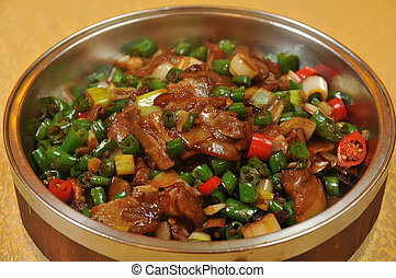 Fried beef with chili