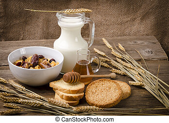 Muesli with low-fat milk and rusk