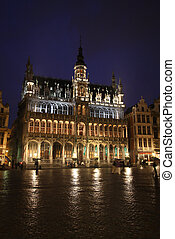 Brussels night - Brussels, Belgium - famous building: Maison...