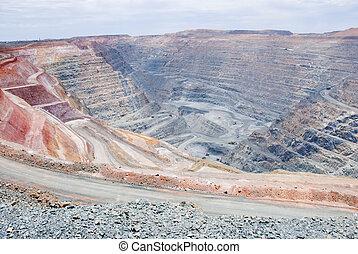 grande, mina, Hoyo, poco, basurero, Camiones, rojizo, tierra