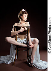 Beauty woman posing naked for art photo - naked woman retro...
