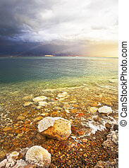 Improbable effects during a thunder-storm on the Dead Sea