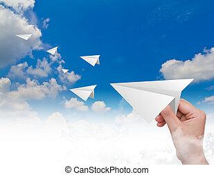mano, lanzamiento, papel, avión, cielo