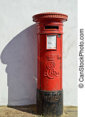 Pillar Box - Red King Edward VII pillar box, manufactured by...