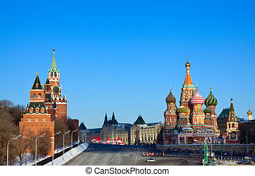 Red Square in winter Moscow Russia - Intercession Cathedral...