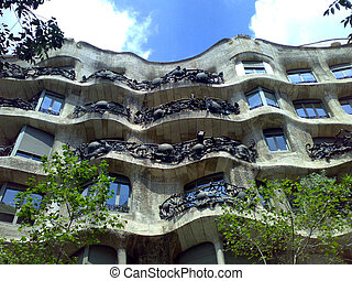 Casa Mila - Landscape with Casa Mila and blue sky