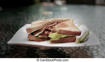 Sandwich Timelapse 3 - A timelapse of a sandwich being...