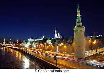 Moscow Kremlin and Moskva River in winter night - Kind to...