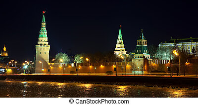 Moscow Kremlin in winter night - View of Moscow Kremlin in...