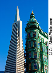 Old and New building in San Francisco