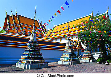 Wat Po, The Temple of reclining buddha, Bangkok, Thailand
