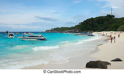 Seascape. - Pan of Andaman sea on Similan Islands.