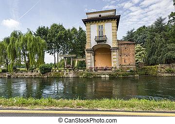 Villa Gaia on the Naviglio Grande - Naviglio Grande (Milan,...