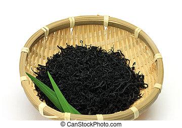 brown alga - This is a dry brown alga. It is Japanese food.