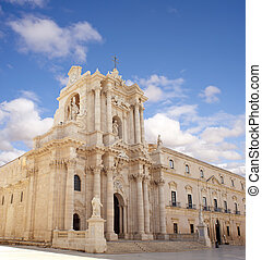 Cathedral, Siracusa - View of Siracusa cathedral, Sicily -...