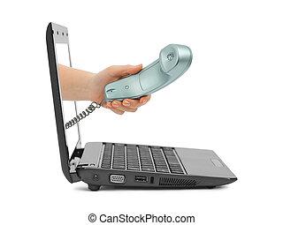 Ręka, telefon, notatnik