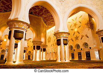 Sheikh Zayed mosque inside - Sheikh Zayed mosque in Abu...