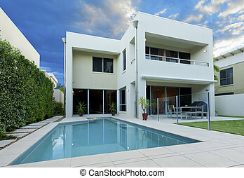 Luxurious house - Luxurious modern house with swimming pool...
