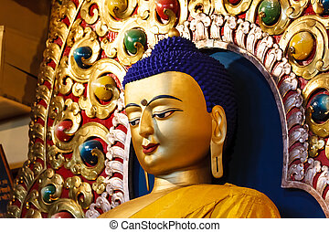 Detail of the face from buddha