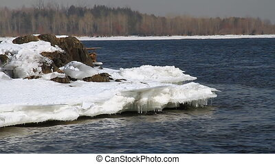 Icy water 008 - Ice floes on river bank