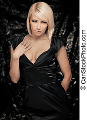 Gorgeous blond woman - Portrait of gorgeous blond woman in...