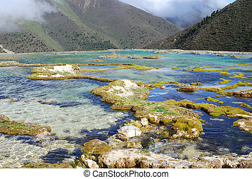 China, Sichuan Kangding, the pool elevation of 4,000 meters...