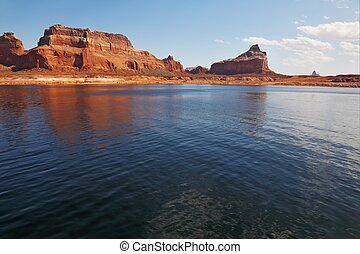 The red cliffs - Magnificent Lake Powell. Picturesque red...