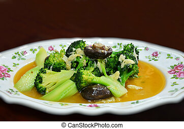stir fry vegetable - stir fry broccoli with shiitake...