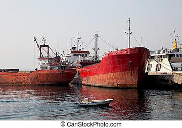 Trawlers Istanbul
