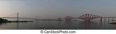 Panoramic photo of the Forth bridge - Panorama made...
