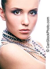 Beauty in pearls