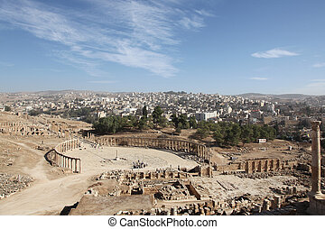 beautiful view of the Oval forum in Jerash ancient city