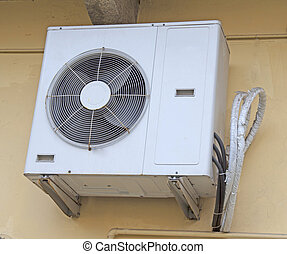 Air conditioner - Externe engine of an air conditioner...