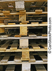 wood pallets for the storage of the goods