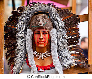 Native American headdress - Sculpture of a Native American...