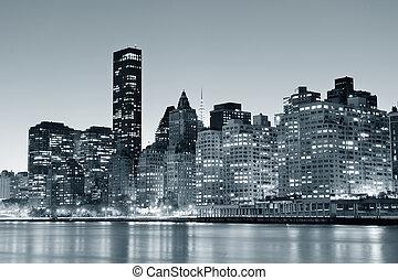 New York City Manhattan midtown skyline black and white at...