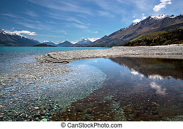 Banks of Lake Wakatipu between Queentown and Glenorchy,...
