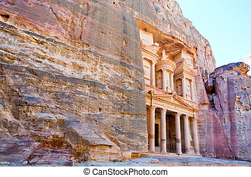 Treasury Monument in mount side of city Petra