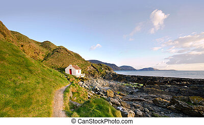 Path to White Cottage on a coast - Niarbyl - Path to the...