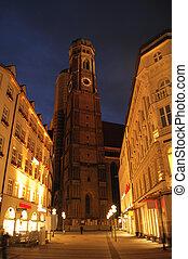 Germany, Munich, Marienplatz, Frauenkirche Cathedral, night...