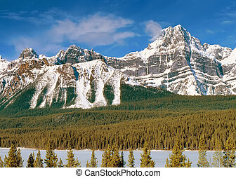 Panoramic view to Canadian Rockies Mountains - Panoramic...